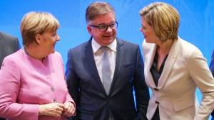 Merkel pfeift parteiinterne Kritiker zurück