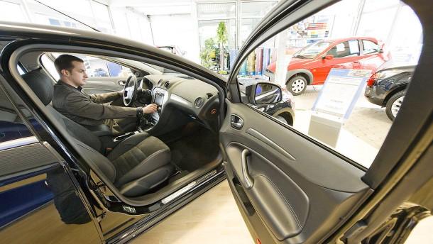 Ford will wegen Brexits eigene Bank in Köln eröffnen