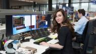 Die echte Investmentbankerin: Sabine Naß im Handelssaal der Deutschen Bank in Frankfurt