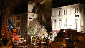 Retter bergen zwei Tote nach Explosion in Antwerpen