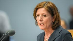 Dreyer übersteht Misstrauensvotum