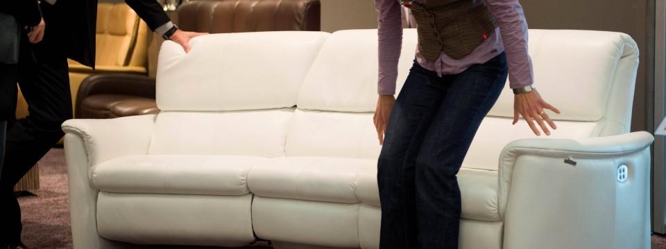 Unter Couch Schieben. Simple Wohnwert Sofa Sitzer Nina ...