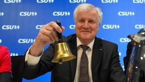 Seehofer will offenbar länger bayerischer Ministerpräsident bleiben