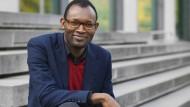 """Lubumbashi, Graz, Frankfurt: Der Schriftsteller Fiston Mwanza Mujila ist Gast der """"Literaturtage""""."""