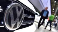 Volkswagen wird vom Abgasskandal eingeholt.