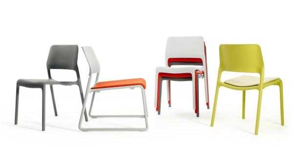 ergonomische st hle auf denen man gesund sitzen kann. Black Bedroom Furniture Sets. Home Design Ideas