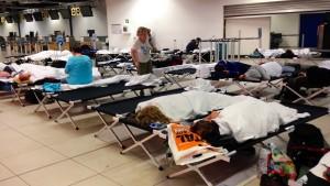 240 Passagiere schliefen auf Notbetten
