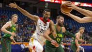 Die deutschen Basketballer verlieren gegen Litauen und treffen im Achtelfinale auf Frankreich.