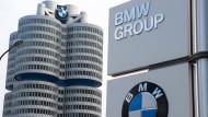 In der Münchner BMW-Zentrale muss man sich nun kritische Nachfragen gefallen lassen
