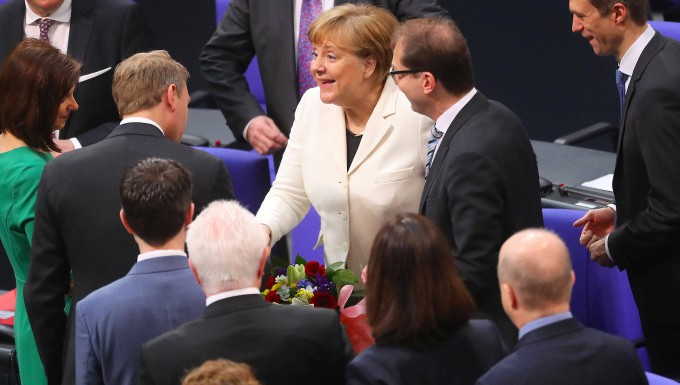 Merkel-Kritiker formulieren
