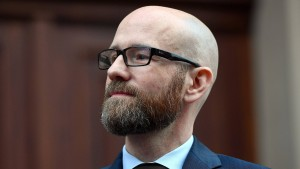 Peter Tauber zieht sich von Amt zurück