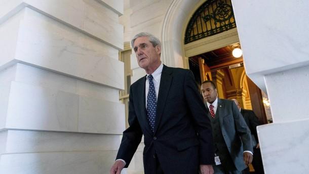 Mueller will Trump-Vertraute zum Reden bringen