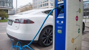 Warum mag die Börse Teslas Elektroautos?