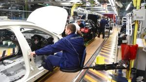Daimler ruft mehr als eine Million Fahrzeuge zurück