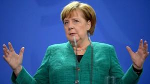 """Merkel nennt Zugeständnisse an SPD """"herbe"""""""