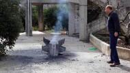 Überreste einer Rakete in der südlibanesischen Stadt Kaoukaba, nahe der Grenze zu Syrien