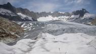 Ein tragisch-schönes Bild: der vielschichtige Gletscher