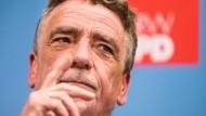"""""""Eine überzeugte Mehrheit ist eine gute Mehrheit"""", sagt Michael Groschek, Vorsitzender der SPD in Nordrhein-Westfalen"""