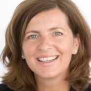 """Petra Kirchhoff - Portraitaufnahme für das Blaue Buch """"Die Redaktion stellt sich vor"""" der Frankfurter Allgemeinen Zeitung"""