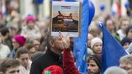 """Statt Sonntagsreden: Auch morgen wollen die Anhänger von """"Pulse of Europe"""" wieder demonstrieren."""