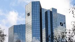 Großaktionär der Deutschen Bank gesteht Finanzengpass ein