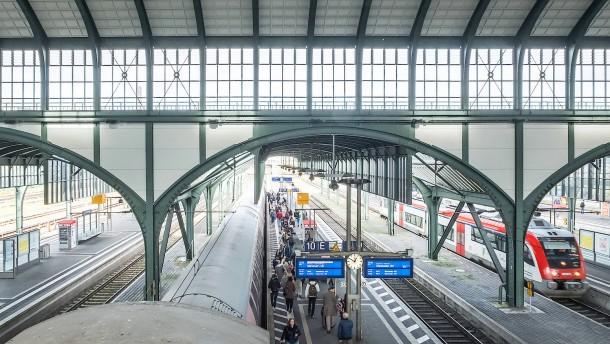 Hauptbahnhof Darmstadt: Putzmann per Whatsapp anfordern