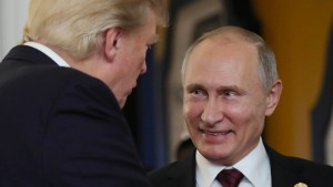 Kreml weist Vorwürfe gegen angeklagte Russen zurück