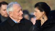 Zusammen wollen Oskar Lafontaine und Sarah Wagenknecht ein starkes Bündnis gegen den Rechtsruck schmieden.