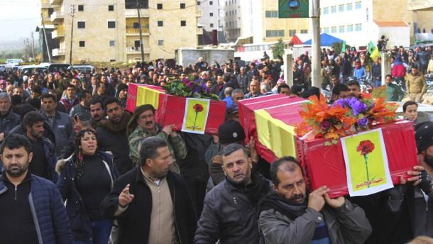 Kurden zwischen den Mahlsteinen