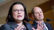 Die neue SPD-Parteispitze um Andrea Nahles und Olaf Scholz muss schon in ihrer Anfangsphase mit Rückschlägen zurechtkommen.