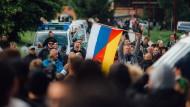 Die Anfänge der Gruppe: Proteste gegen Flüchtlinge in Freital im Sommer 2015