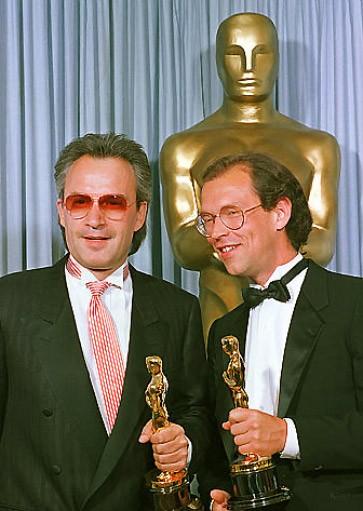 """Oscar Nummer Zwei: Giorgio Moroder (li.) neben Tom Whitlock, beide schrieben den Titel """"Take My Breath Away"""" für den Film """"Top Gun"""""""