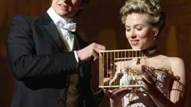 Wer hat den Vogel in die Kiste gepackt?