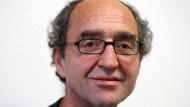 Der deutsche Schriftsteller türkischer Abstammung, Dogan Akhanli ist nun wieder frei. Die Festnahme von Akhanli auf Betreiben der Türkei in Spanien entwickelt sich immer mehr zum Politikum.