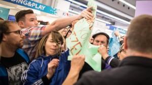 Rechte Verlage, extremer Protest
