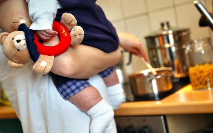Wehe, wenn es dann nicht schmeckt: Viele Eltern fühlen sich auch von den eigenen Ansprüchen überfordert
