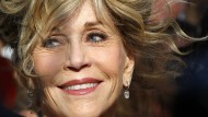 Zurückhaltend-verschmitzte Anmut: Bei den Filmfestspielen von Venedig wurde Jane Fonda in diesem Herbst für ihr Lebenswerk geehrt. Heute feiert sie ihren achtzigsten Geburtstag.