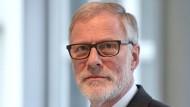 Mann vom Fach: Rainer Robra (CDU) ist Chef der Staatskanzlei in Sachsen-Anhalt. Als Minister ist er für die Kultur-, Medien- und Europapolitik zuständig.