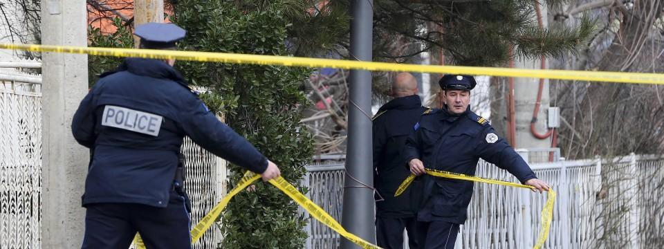 Polizeieinsatz am Ort des Mordes in Mitrovica