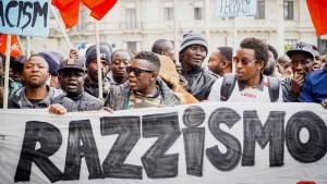 Demonstration nach Mord an Senegalesen