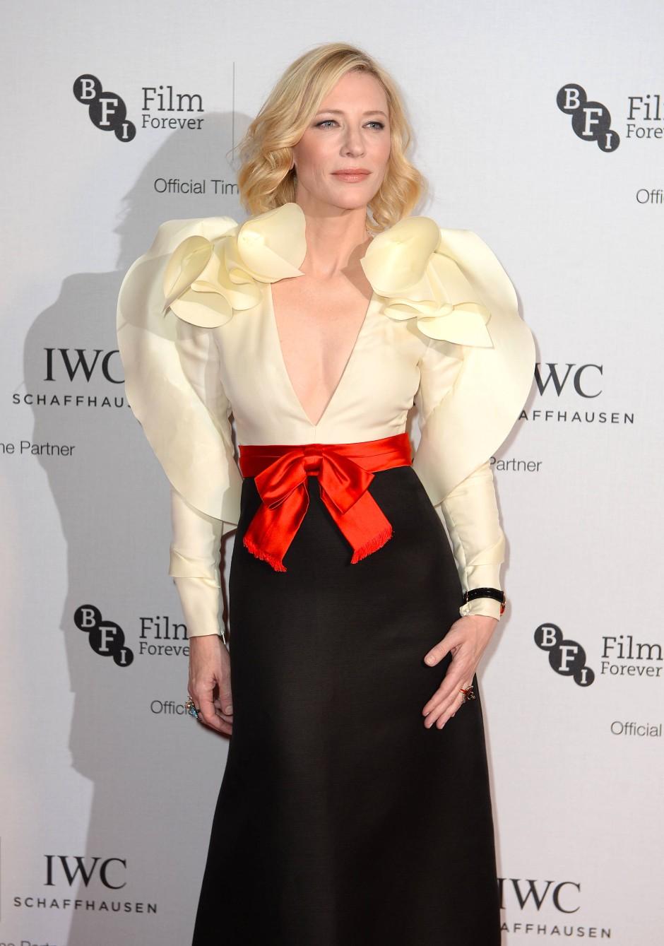 Rüschen extrem: Schauspielerin Cate Blanchett im Oktober 2016 bei einem Gala-Dinner in London