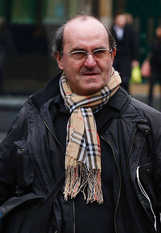 Vor Gericht gab di Stefano an, er habe sich während eines Gefängnisaufenthalts schlecht beraten gefühlt und deshalb beschlossen, Anwalt zu werden.