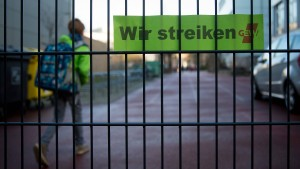Dürfen Beamte bald streiken?