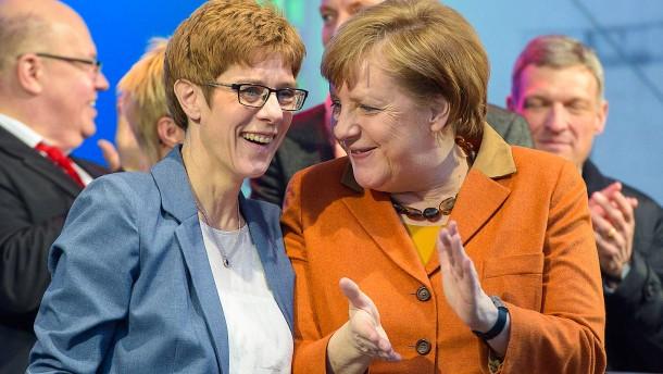 Merkels Helfer von der Saar