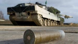 Indonesien will 100 Leopard-Kampfpanzer kaufen
