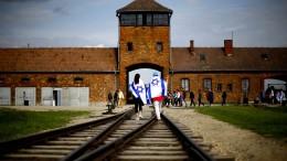 Polnischer Präsident unterzeichnet Holocaust-Gesetz