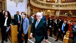 Steinmeier ruft zu Kampf gegen rechts auf