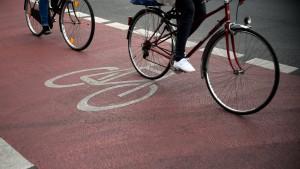 Uferweg bleibt für Radfahrer frei