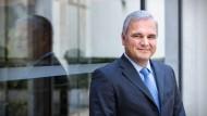 Soll dem Geschäft mit Diabetes-Arzneien aus Höchst wieder neuen Schwung geben: Sanofi-Vorstand Oelrich