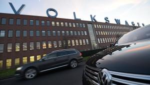 VW-Werk Kassel übernimmt Zeitarbeiter und stellt neue ein
